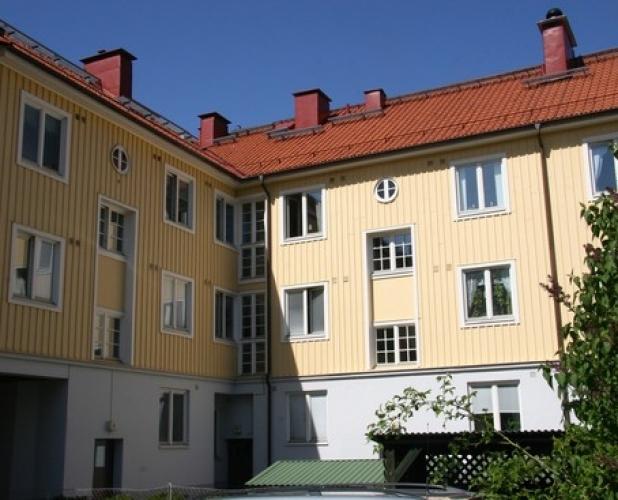 Danska vägen 73, Pärlstickaregatan 1
