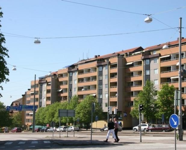 Redbergsvägen 22-42, Lilla Redbergsgatan 2